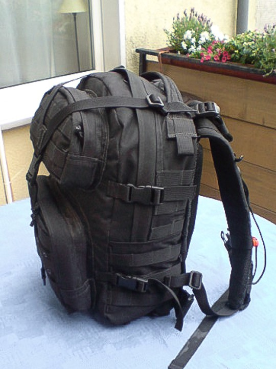 Trekking backpack with