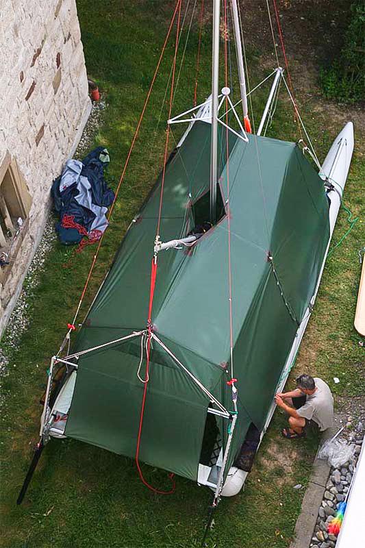Catamaran flysheet