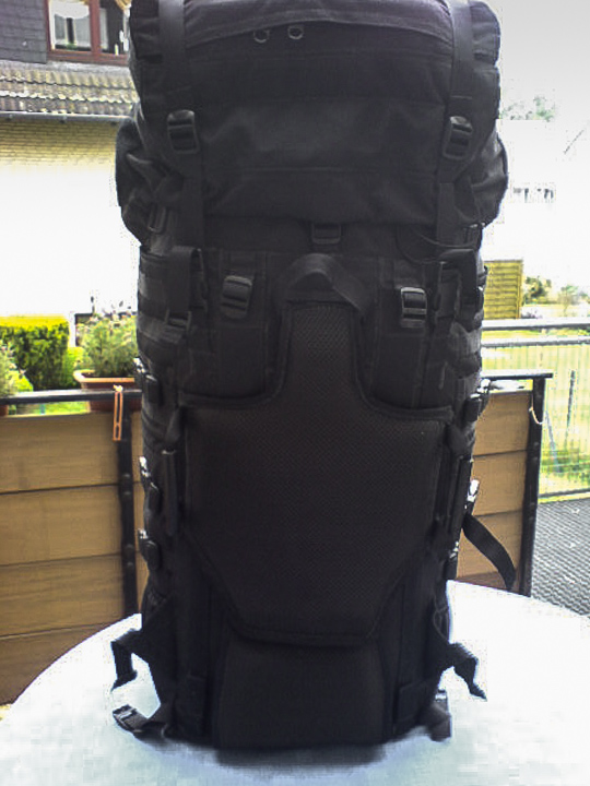 Trekking backpack with daypack